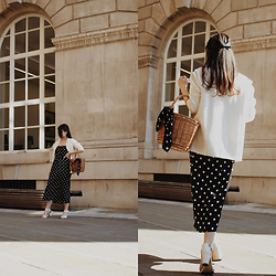 Karolina G. - Albaatn Basket Round Wicker Basket Bag, Shein Polka Dot Print Satin Bandana, Asos Lost Ink Cami Top With Contrast Hem In Polka Dot, Asos Design Petite Midi Skirt With Box Pleat In Polka Dot Print, New Look Wide Fit White Leather Block Heels, Missguided White Boyfriend Blazer - The whole of the moon- the waterboys