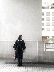 Flosmoony - Vintage Haori, Vintage One Piece, Bershka Heels - Rainy day in black