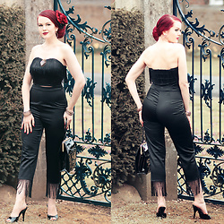 Charlotte S. - Collectif Clothing Beba Fringe Crop Top, Collectif Clothing Vintage Beba Fringe Capris, Tatyana To Die For Purse In Black - Shake Winter Off!