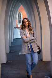 Jenelle Witty -  - CHECK BLAZER AND JEANS