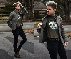 Carolyn W - Plaid, Vespa, Gap Skinny, Leather - Vespa Dreaming