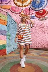 Aiiness .com - Monki Rainbow Loose Tee, The Little Things She Needs Orange Bag, Fila Disruptor Tape, Monki Rainbow Socks - My life looks like a rainbow