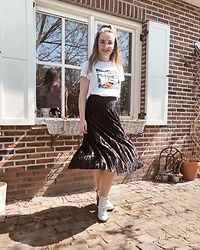 Vera Vonk - Primark Skirt, Costes T Shirt - Summer Ready