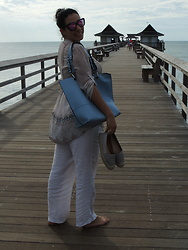 Lady Habana - Diff Sunglasses, American Rag Tunic, Athena Alexander Espadrilles - Life is better at Sea!