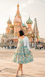 Lindsey Puls - Tatyana Boutique Dress - Outfit Fun in Russia – Featuring a Nesting Doll Dress