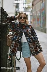 Aneta Kramarska - Urban Outfitters Sweatshirt, Zara Shorts, Bershka Glasses - There are nine-million bicycles in Beijing...