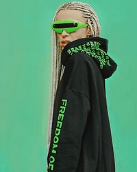 Milex X - Giant Vintage Sunglasses, Freedom Of Space Sweatshirt - SPACE OF FREEDOM