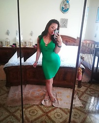 Maria Elena - H&M Green Dress - Green Days