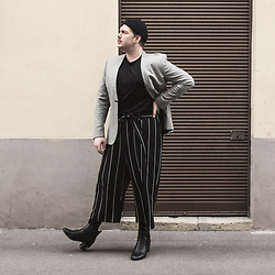 Wyatt Morgan - Vintage Beanie, Cos Grey Blazer, Zalando Culottes, Asos Leather Boots - 14 05