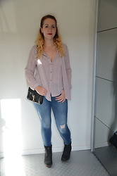 Sarah M - Aliexpress Blouse, Vero Moda Jeans, Aliexpress Bag, Timberland Boots - Powder Pink & Denim