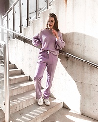 Vera Vonk - Monki Sweater, Monki Pants - Purple