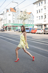 Malia Keana - Zara Fringe Dress, Vintage Red Heels - Fringes