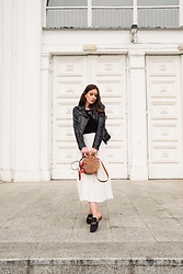 Laila Szaranek - Stradivarius Plise White Skirt, Straw Bag, Shein Black Leather Jacker, H&M Black And Gold Loafers - Petit Paris