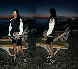 Maria Perchekliy - Mango Jacket, Vans Sneakers, Pull & Bear Shorts, Putivtseva Fur Pocket - Biker shorts