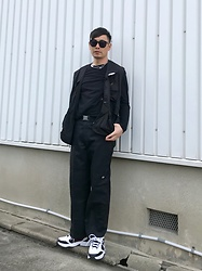★masaki★ - Rothco Utility Vest, H&M Longsleeve, Dickies Double Knee, Nike Air Monarch - Black Fits