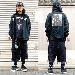 @KiD - (K)Ollaps Noise Music, Komakino Noisehoodie, Ho99o9 Tee, Code Wide Crust Shorts, Vivienne Westwood Cigarette Case, Air Walk The One - JapaneseTrash502