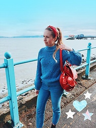 Katie Williams - H&M Blue Jumper, Gap Jeans - Oldie but a goodie