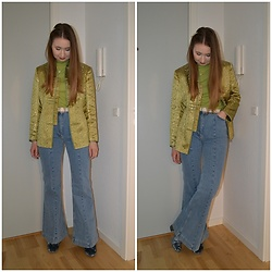 Mucha Lucha - Second Hand Jacket, Second Hand T Shirt, H&M Jeans, Asos Boots - Lime green and flares