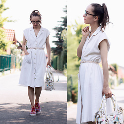 Iva K - Vintage Dress, Desigual Bag, H&M Belt, Borovo Wedges - Vintage dress