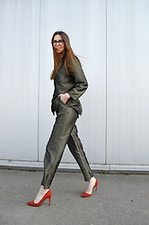 KRST VIEW - Maxmara Suit, Mango Heels - Vintage Catch: Pyjamas All Day