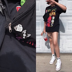 Ariana Gutierrez - Wish App Cheap Pins - Getting outta the house fit