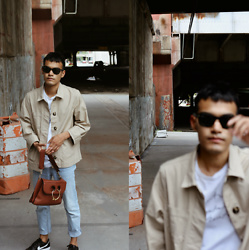 Alejandro Cantoral - Celine Sunnies, Bershka Denim, J.W Anderson Leather Bag, & Other Stories T Shirt - Shades of Blue