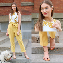 Taylor Doucette - Nordstrom Yellow Floral Tank Top, Nordstrom Yellow Tie Dress Pants, Nude Strap Sandals - Busyhead - Noah Kahan