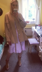 Syla Sassowna - H&M Parka, Charity Shop Slip Dress, H&M Open Toe Boots - Cupcake Cute