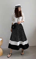 Miamiyu K - Miamasvin Polka Dot Pleated Long Skirt - Vintage Monochrome