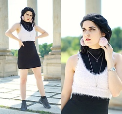 Lexi L - Wilfred Free Sleeveless Dress, Fuzzy Lilac Tank, Nike Air Max 95 Essentials, Rox Midnight Blue Goldstone Necklace, Anthropologie Rhinestone Beret - Des Bisous Partout