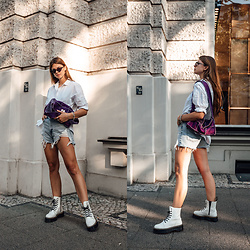Jacky - Chimi Eyewear Sunglasses, Minimum Shirt, Zara Shorts, Dr. Martens Boots, Chanel Bag - Statement Bags and the perfect vintage Chanel Bag
