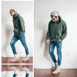 Andre Tan - Zara Ribbed Beanie, H&M Hoodie, Pull & Bear Skinny Jeans, New Republic Suede Chelsea Boots - C h e l s e a