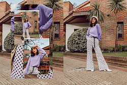 Agustina Torti -  - Polka dots and lilac sweater