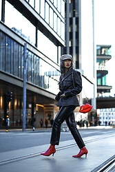Louise Xin - Vintage Leather Jacket, Lips Bag, Red Vinyl Boots, Yoox Black Patent Pants - Red lips