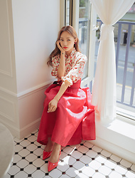 Teterot Salon - Teterot Salon Dark Red, Teterot Salon Flower In Love - Daily outfit : Red