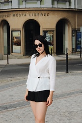 Zuza J. - Reserved Shirt, Zara Shorts, Zara Sunglasses - French chic