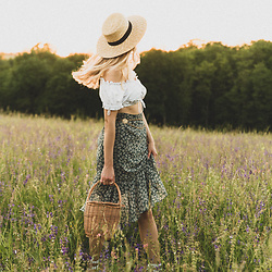 Catherine V. - H&M Hat, Bavarian Crop Top Vintage, Loavies Skirt, Hers Wave Straw Bag - IN THE FLOWER FIELD