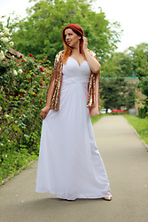 Milica Venoma - Ever Pretty Dress, Girlmerry Cape - White dress