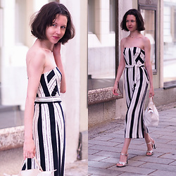 Claire H - H&M Jumpsuit, Mime Et Moi Silver Heeled Sandals, Longchamp Little Tote Bag - Marine stripes
