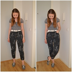 Mucha Lucha - Bershka Top, Asos Belt, H&M Jeans, River Island Loafers - Double up on gingham