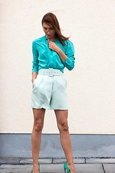 Malia Keana - Equipment Blouse, Zara Shorts, Zara High Heels - Monochrome