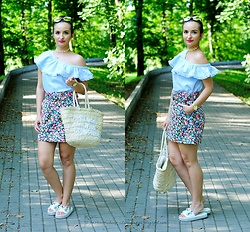 Natalia Uliasz - Stradivarius Chokers, H&M Blouse, House Straw Bag, Zara Mini Skirt, Madam Rock Shoes - 5.08.2019