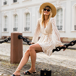 Catherine V. - H&M Straw Hat, Loavies Polka Dots Dress, Sacha Mules - THE EASY BREEZY SUMMER LOOK