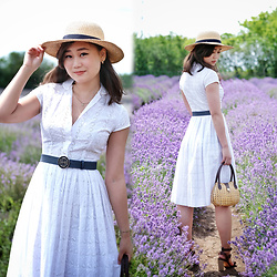 L Z - Vintage Sunhat, Vintage Shirtdress, Tory Burch Belt, Vintage Raffia Purse, Massimo Dutti Sandals - White Lavender