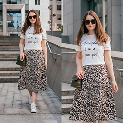 Christina & Karina Vartanovy - Romwe Dip Hem Letters Print Split White T Shirt, Newchic Crocodile Pattern Chain Crossbody Bag, Chicwish Leopard Printed A Line Midi Skirt, Adidas Originals Stan Smith Trainers - Karina // wild world