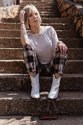 Ingrid G - Yde Layered Gold Chains, H&M Off White T Shirt, H&M Plaid Pants, Cotton On White Faux Crocodile Leather Cowboy Boots - Too Cool for You