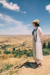Lindsey Puls - Eva Trends Kimono, Brixton Hat, Steve Madden Sandals - What to Wear for a Day of Exploring Near the Dead Sea in Jor