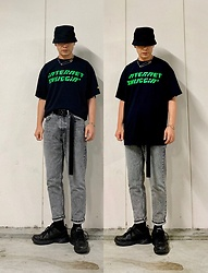★masaki★ - Ho99o9 Tee, Zara Jeans, Nike Air Monarch, H&M Buckethat - IN & OUT