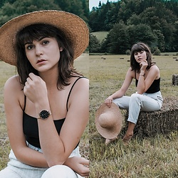 Eva Boruta - Daniel Wellington Watch - STAY GOLDEN