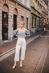 Ani Łatyńska - Escada Vintage Earrings, Vintage Jeans, Strap Heels - Blue